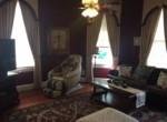 617 Mississippi St Living room