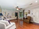 7415 Hwy 1 S Living room