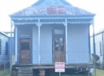 413 Houmas St front